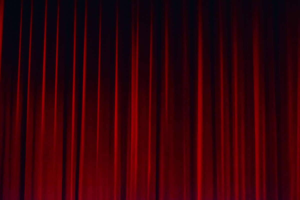red show curtain